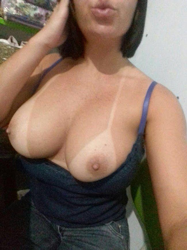 Tetona en metro de chile mientras otra mujer se masturba - 2 part 6
